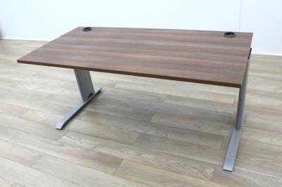 Walnut 1600mm Straight Office Desks