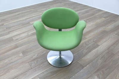 Artifort Little Tulip Chair, Green Fabric Office Reception