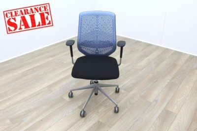 Actiu TNK Black Fabric Seat / Light Blue Aero Back Office Task Chairs