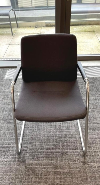 Intersthul Black Fabric Meeting Chairs
