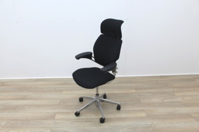 Humanscale Freedom Operator Chairs with Headrest and Polished Aluminium Base