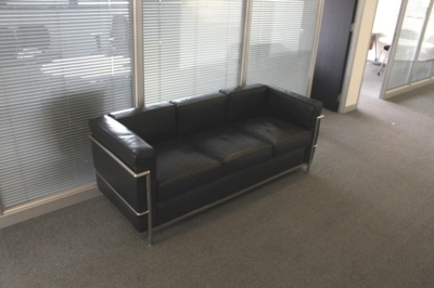 Black Leather 3 Seater Sofa With Chrome Frame