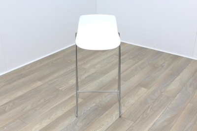 Brunner Fina White Stool Low Back