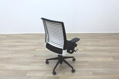 Dynamobel Slat16 Black Fabric / White Back Office Task Chairs