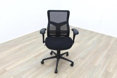 RS Pro Mesh Back Black Fabric Seat Operator Chair